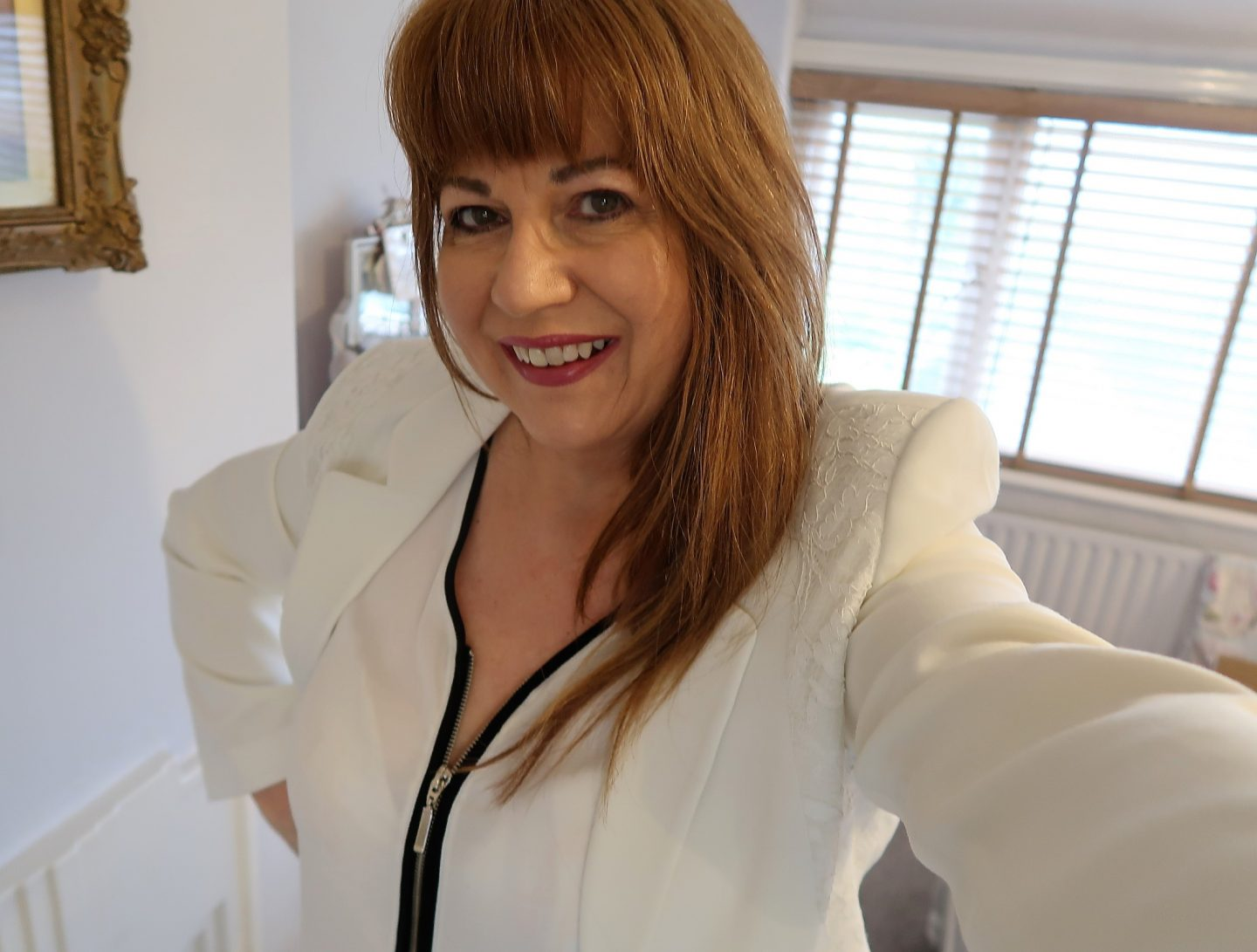Manchester 50+ Lifestyle Blogger Chooses Black & Cream As Her London Fashion Theme..